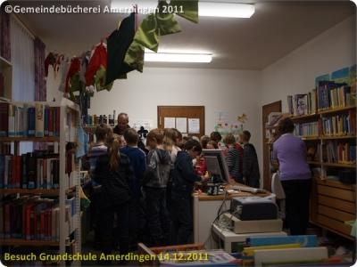 Besuch der Grundschule Amerdingen 20111214_015