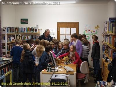 Besuch der Grundschule Amerdingen 20111214_017