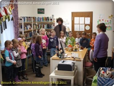 Besuch der Grundschule Amerdingen 20111214_043