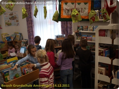 Besuch der Grundschule Amerdingen 20111214_082
