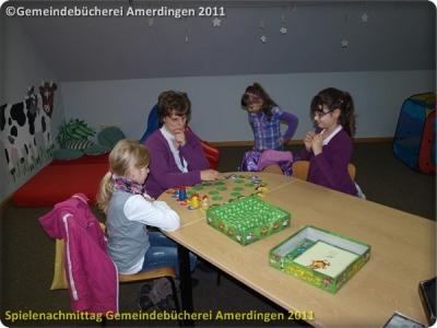 Spielenachmittag Buecherei 20110103_11