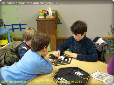Spielenachmittag Buecherei 20110103_3